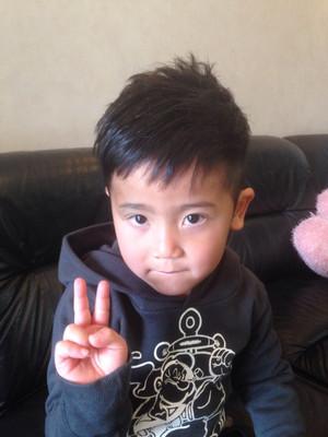 アシンメトリー 髪型 子供